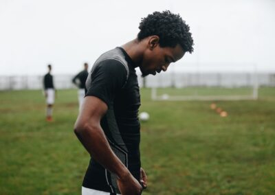 COVID-19: temporary and non-permanent repercussions on professional athletes